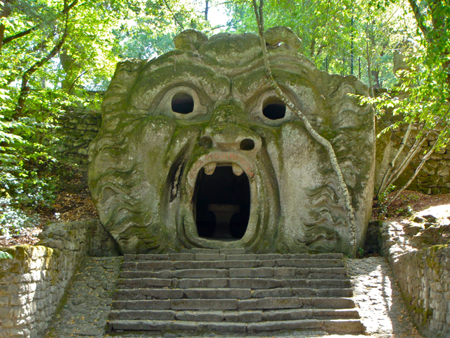 Bomarzo-monster-1