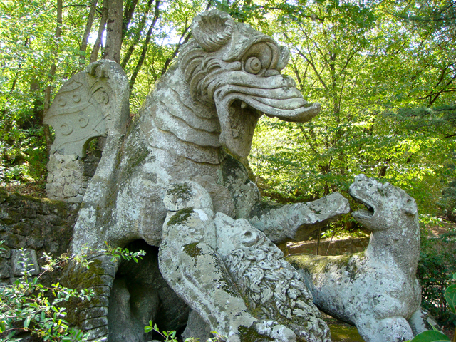 Bomarzo-monster-3