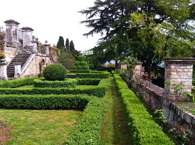 Villa-Chigi-a-Vicobello 1